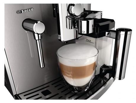 Espressor Saeco Xelsis Evo HD8953/19 preparare cappuccino