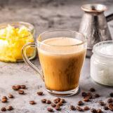 Cafea cu unt – de ce să consumi această băutură? Beneficii pentru sănătate