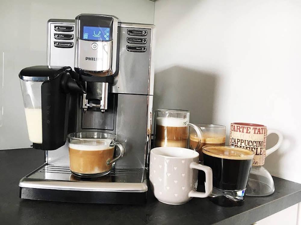 Philips Seria 5000 EP5330 10 espressor automat cafea